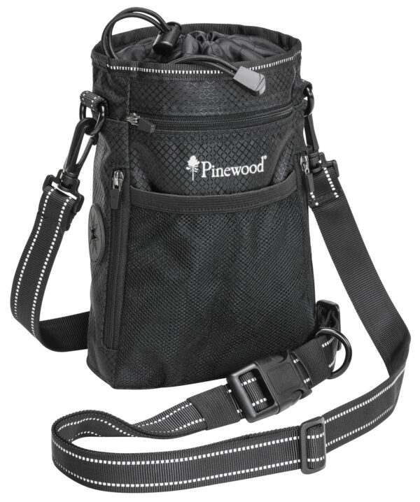 1106-400-1_pinewood-dog-sports-bag-small-black