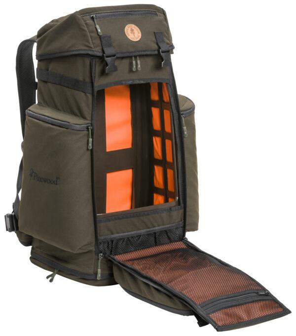 1910-241-02_pinewood-backpack-wildmark_suede-brown