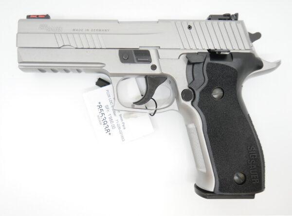 SIG Sauer P226 Skeletton silver